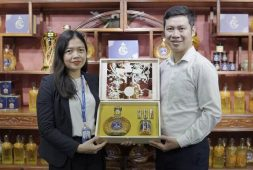 Một mẫu quà tặng hiện có của Vietfarm được Bà Lan Anh đánh giá cao