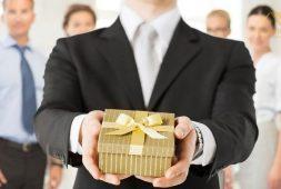 Gợi ý các món quà tặng doanh nghiệp sang trọng và ý nghĩa nhất