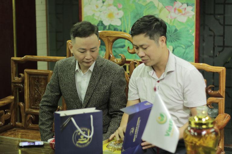 kols Tùng Dương
