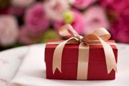 Top 15+ món quà biếu độc đáo, ấn tượng và mang nhiều ý nghĩa nhất