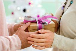 Những món quà tặng bố đong đầy tình cảm, ý nghĩa và tốt nhất