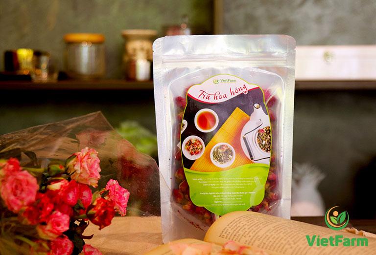 Trà hoa hồng một trong những loại trà thảo dược với hương thơm nhẹ, tốt cho sức khỏe